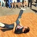 Nsnbr-doctor.net. Уличные танцы на Арбате в Москве. Брейк Данс. 12.07.2014. Полнолуние. Автор фото председатель НСНБР А.Г.Огнивцев. 13072014_2